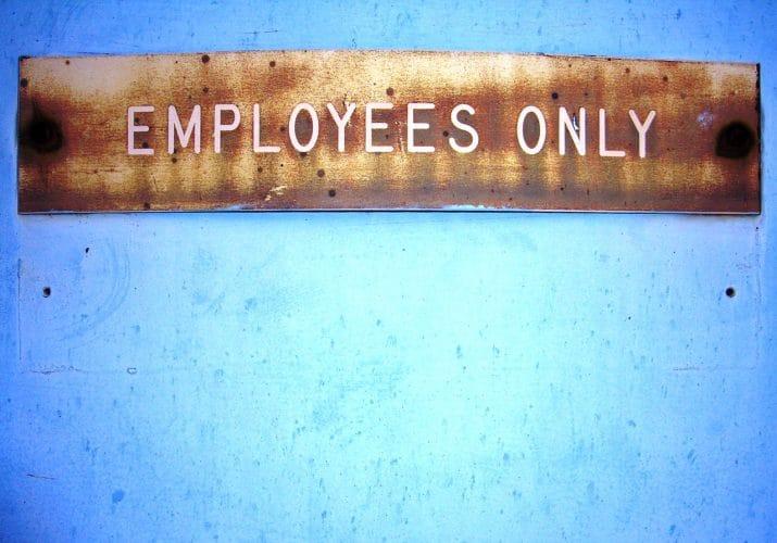 """Karyawan vs Pengusaha ? Semua Akan Menjadi """"Karyawan"""" Pada Waktunya"""
